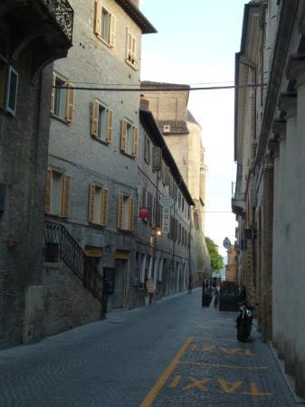 Albergo Duomo: Via San Donato