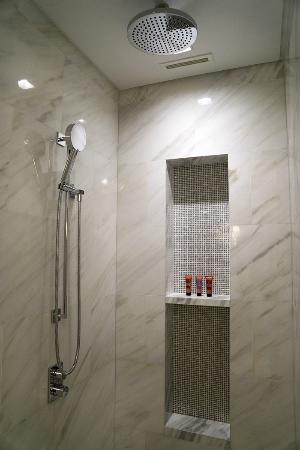 Bathroom Lights Dubai bathroom of premier sea-view room - picture of four seasons resort