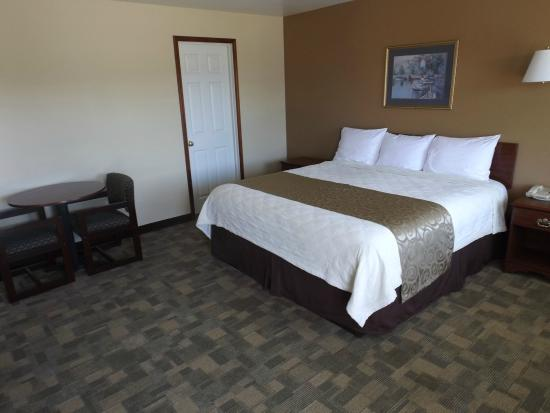 Montesano, WA: 1 King Bed Deluxe Non Smoking