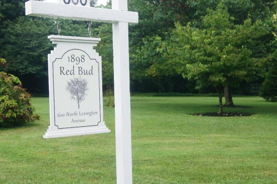1898 Red Bud Bed & Breakfast: 1898 Red Bud B&B