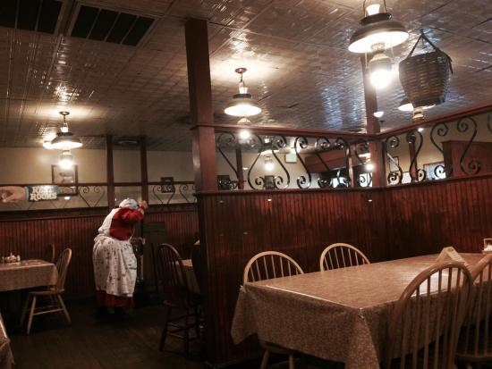 Superb Aunt Grannys All You Can Eat Buffet Pigeon Forge Home Interior And Landscaping Transignezvosmurscom