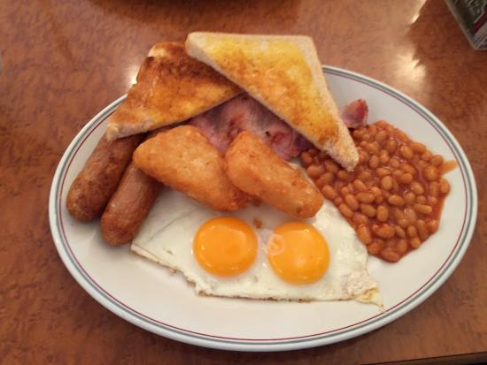 Oceans Cafe: A big breakfast with no toms but an extra egg instead.