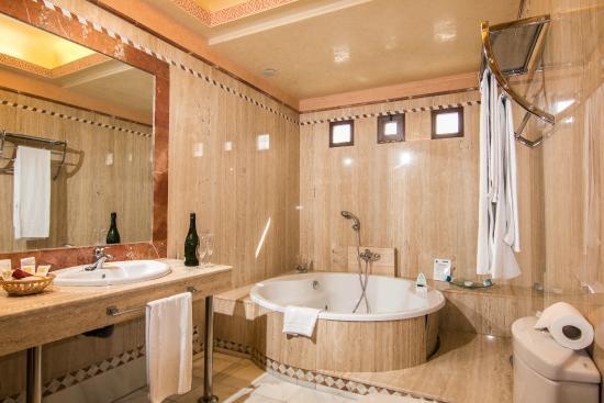 Hotel Abades Guadix: Baño