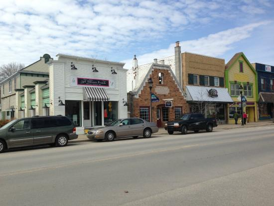 Downtown Bellaire - Shopping