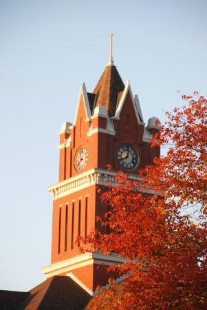 Bellaire, MI: Antrim County Courthouse