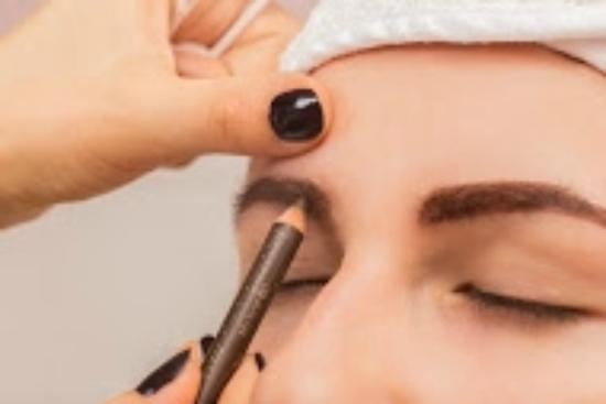 Sungate Beauty & Spa: Makijaż permanentny brwi. PERMANENT MAKEUP EYEBROWS