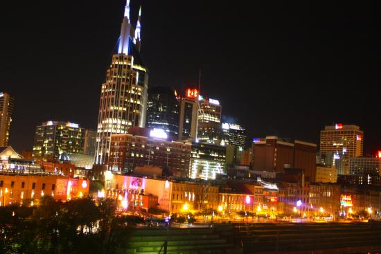‪Downtown Nashville‬