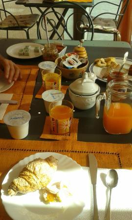colazione - Picture of B&B Le Terrazze, Perugia - TripAdvisor