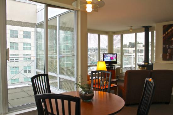910 Beach Avenue Apartment Hotel: Two Bedroom Penthouse Suite (Large)