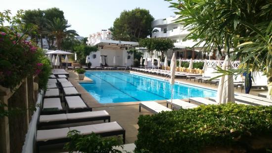 Hotel Rocamarina: Hotel Pool