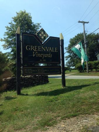 Greenvale Vineyards: A Day at Greenvale
