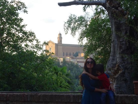 Palazzo Bruchi: Con mi hijo