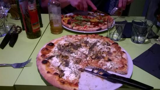 Best Seafood Pizza Ever Photo De Top Pizza Falaise