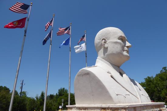 Eisenhower Veterans Monument: photo2.jpg