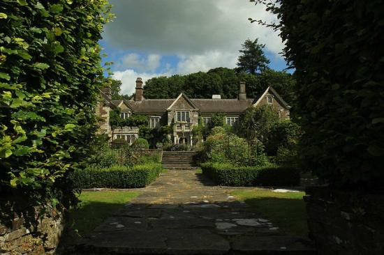 Lewdown, UK: Lewtrenchard Manor