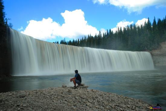 Lady Evelyn Falls Territorial Park : beautiful