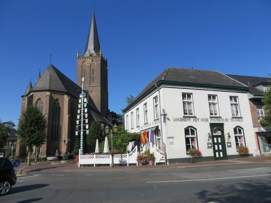 Emmerich, Alemania: Restaurant Het Oude Posthuis, op de Markt in Elten