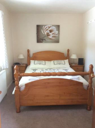 Pine Lodge: Small double room