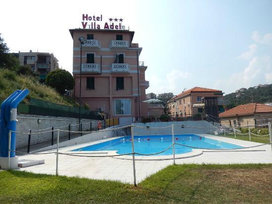 Villa Adele: PIscina
