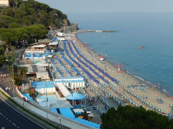 Villa Adele: Spiaggia