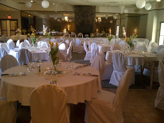 Fireside Inn & Conference Centre: Ballroom