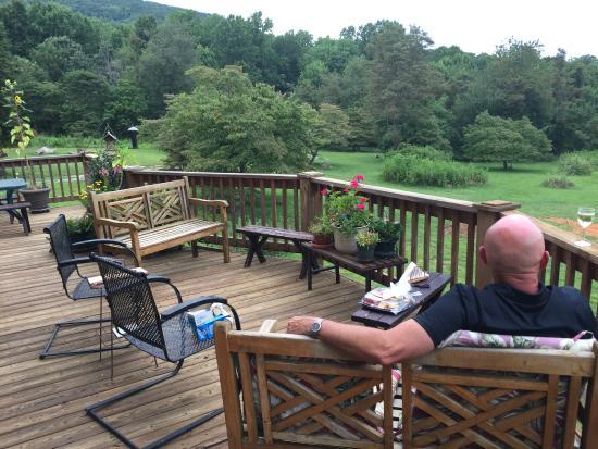 Big Island, Вирджиния: Relaxing deck