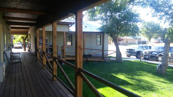 Sagebrush Inn and Suites