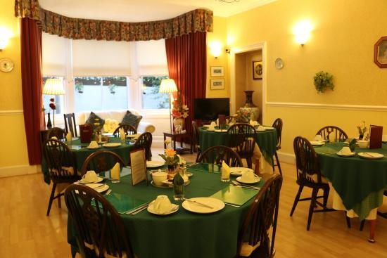 Grosvenor Gardens Hotel: Breakfast Room