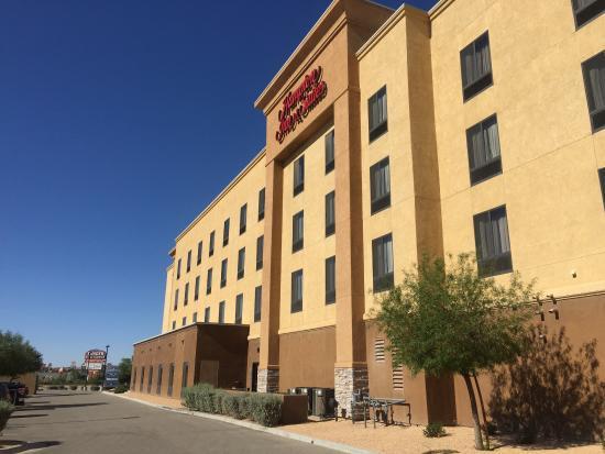 photo0 Picture of Hampton Inn & Suites Barstow