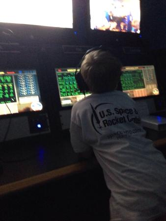 Huntsville, AL: Mission control scenario - everyone has scripted roles