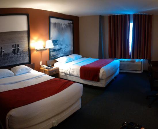 Super 8 North Bay: standard room