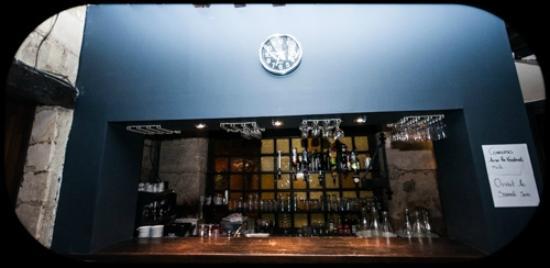 le louis saint ouen l 39 aumone restaurant avis num ro de t l phone photos tripadvisor. Black Bedroom Furniture Sets. Home Design Ideas