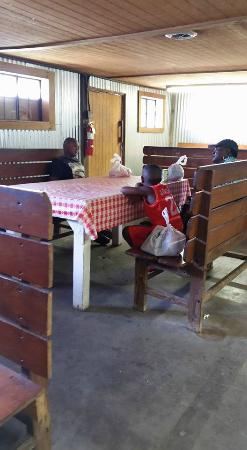 Kelleru0027s Flea Market: Kitchen Tables