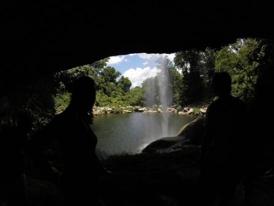 Cascadas de Misol-Ha: Caminando