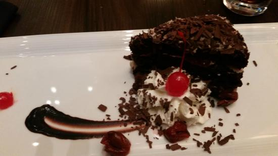America Restaurant Black Forest Cake