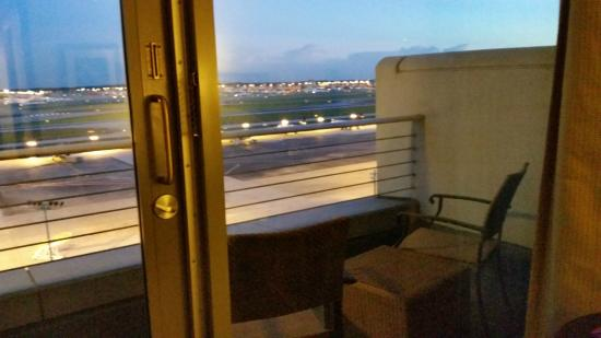 Renaissance Concourse Atlanta Airport Hotel Balcony Table And Chairs