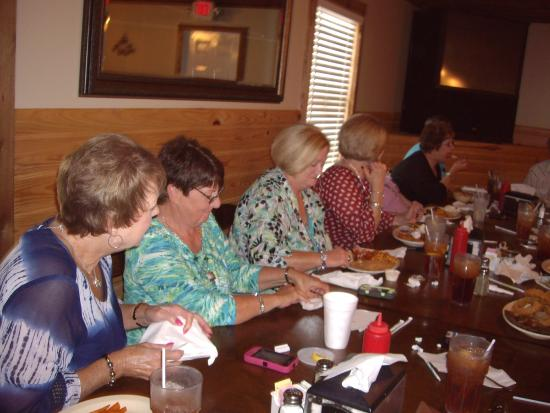Winfield, AL: Class Reunion at Cedar Landing