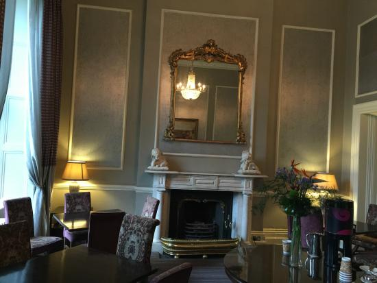 The Malton Hotel: Foyer