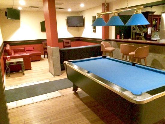 Knights Inn Barriere : Pool