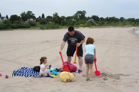 North Beach Park: Nice clean beach for playing.