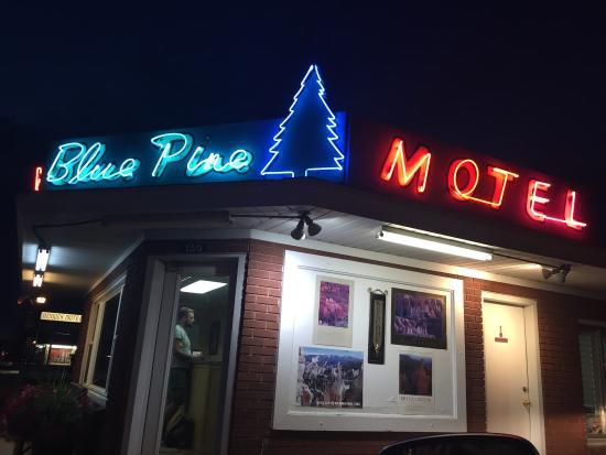 Church's Blue Pine Motel : photo0.jpg