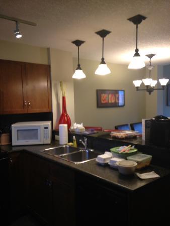 Fire Mountain Lodge: Kitchen