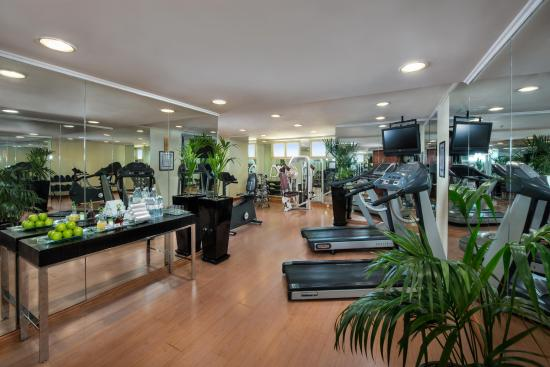 Savoy Central Hotel Apartments: GYM