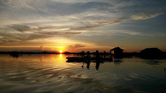 Siem Reap Province, Cambodia: Beautiful Sunset