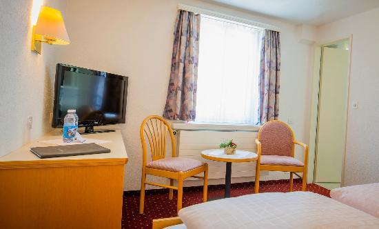 Hotel Heilquelle: Zimmer