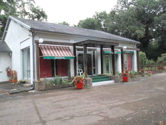 Motel Les Broussailles