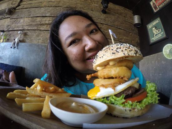 Wacko Burger Cafe: Down under