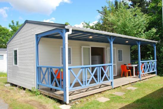 Camping les Alouettes : chalet