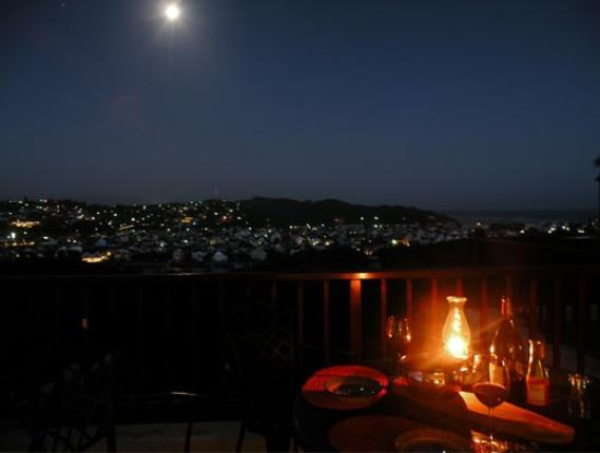 Panorama Guest House : A typical evening meal on the balcony