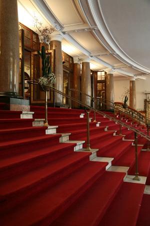 Vlaamse Opera (De) : Opera Antwerp entrance hall